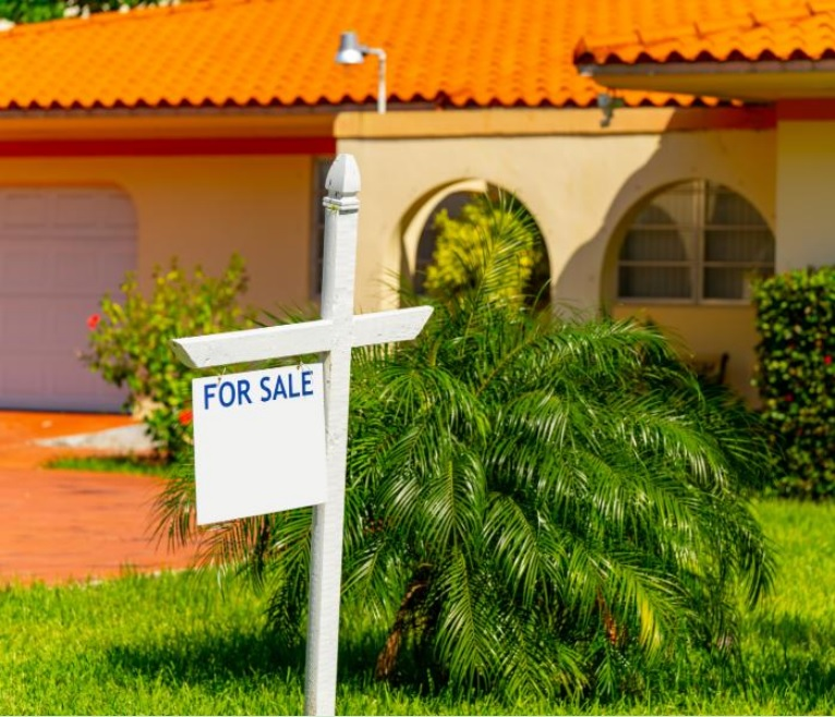 Selling Houses for Cash in Sarasota